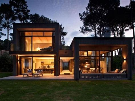 relaxing home   zealand  sumich chaplin architects house exterior design  zealand