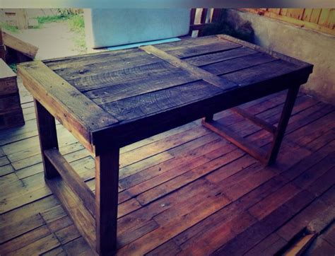 Diy Rustic Wood Dining Table Diy Rustic Pallet Dining Table Pallet Furniture Plans