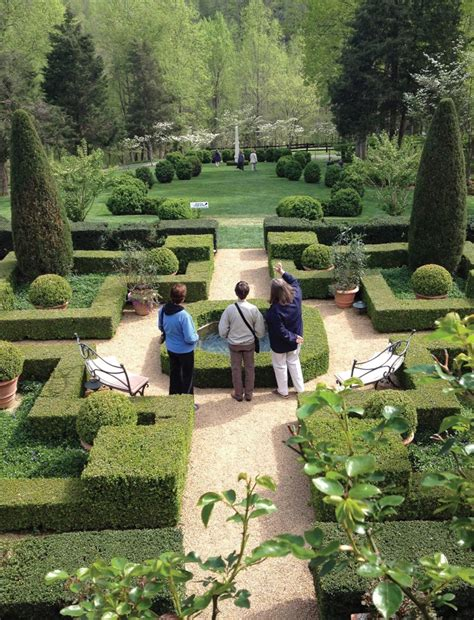 Garden Club Of Virginia by Booming Blooms Virginialiving