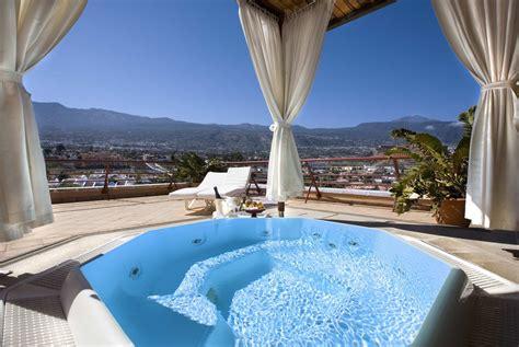 Outdoor Bar by Penthouse Suites Hotel Botanico Tenerife