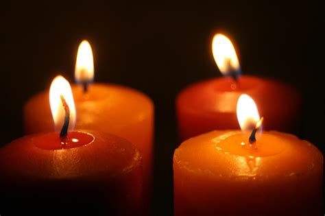 significato colori candele candelora ecco il significato dell accensione delle