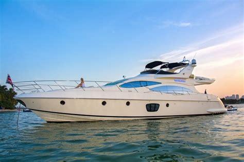 fishing boat rentals miami luxury boat rentals miami fl azimut motor yacht 1030