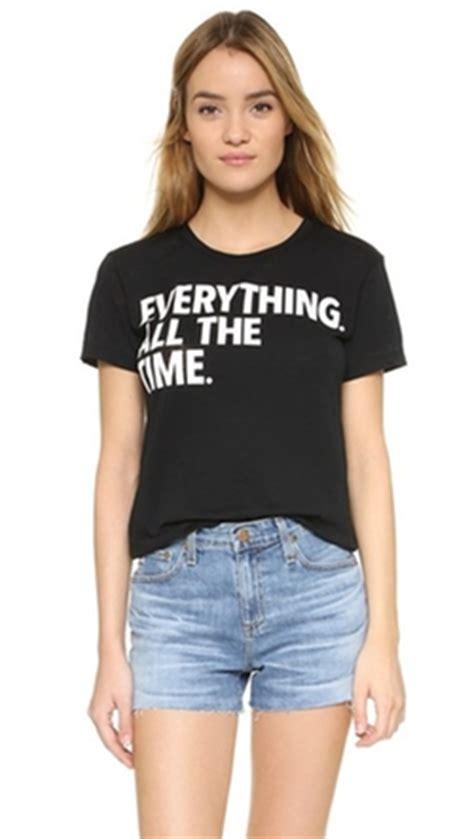 Kaos Tshirt Converse Black T grace and frankie season 2 clothes wardrobe and filming