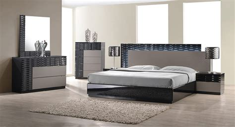 Modern Bedroom Furniture Stores Modern Furniture Stores For Bedroom Desjar Interior How To Find Best And Modern Furniture
