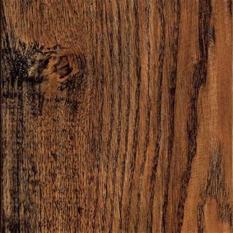 hand scraped camano oak laminate flooring 5 in x 7 in