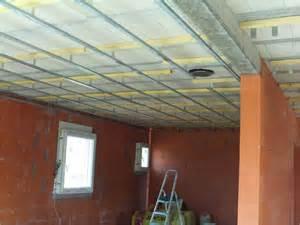 comment fixer les suspentes sous un plafond hourdis b 233 ton