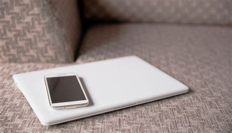 Tile Device Keeping Track Of Your Tech With Apps And Gadgets Nbn