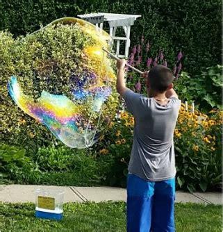 backyard bubble backyard bubble 28 images extract guru diy giant backyard bubbles creating a