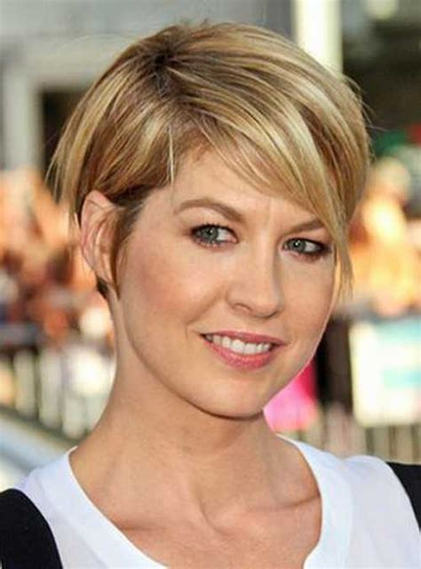 wedge cut for thin hair 10 beautiful short wedge haircuts short hairstyles 2017