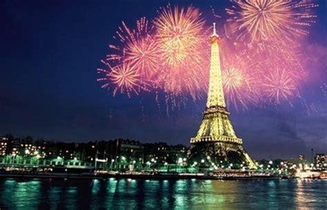bateau mouche bastille bateaux parisiens lunch or dinner cruise paris tourist