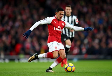 alexis sanchez vs southton alexis sanchez to leave arsenal in the summer for massive