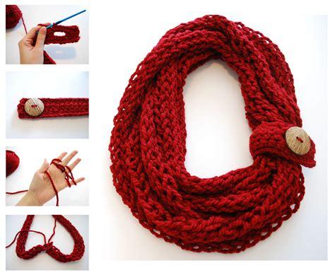 finger knit infinity scarf finger knitting crochet