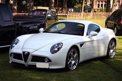 car picker white alfa romeo 8c