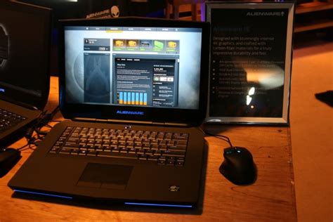 Laptop Alienware Termurah Di Malaysia dell malaysia unveils alienware 15 and 17 gaming notebooks hardwarezone my