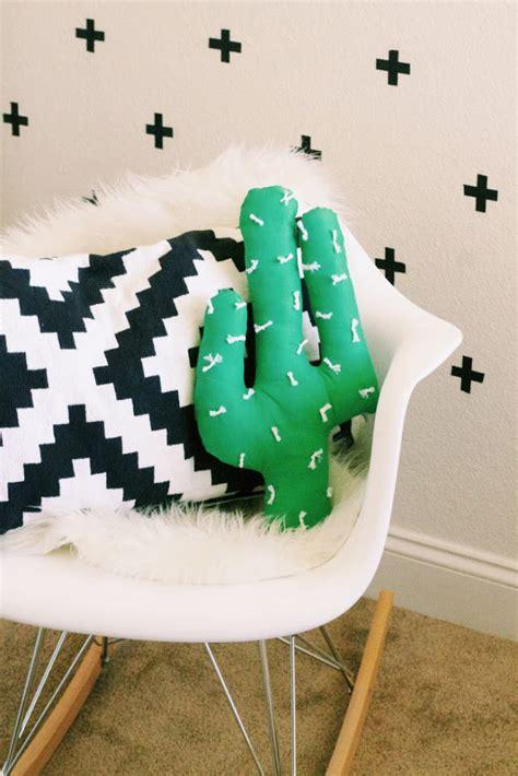 adorable diy pillow ideas diy ready