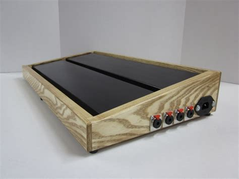 homemade pedal board design how to make your own pedal board pedal board plans