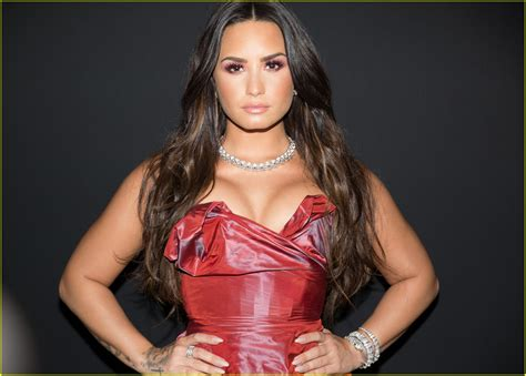 book demi lovato for a party demi lovato goes glam for bulgari s from rome to nyc