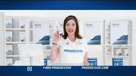 progressive commercial actress hand puppet who are the actors in progressive commercials