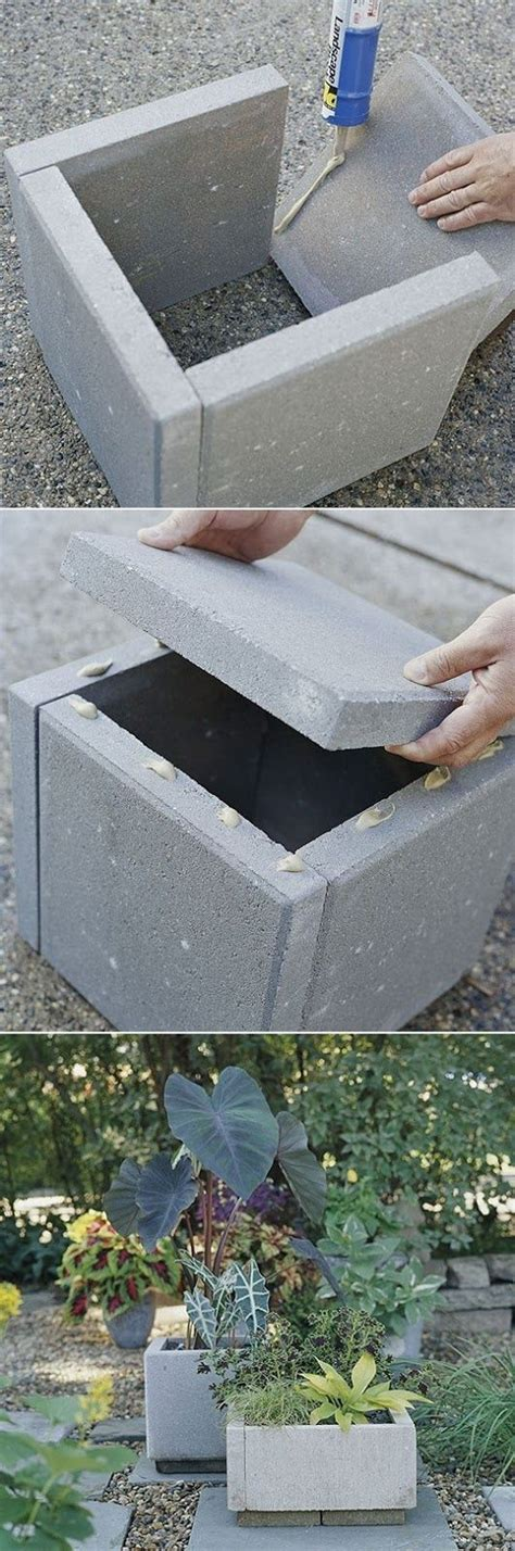 Concrete Paver Planters by 25 Best Ideas About Mailbox Landscaping On