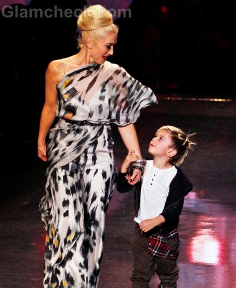 Gwen Stefani Parts Ways With Designer by Gwen Stefani Will Design Clothes For Target