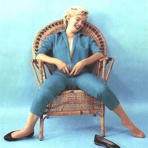 Hanging Wicker Chair Marilyn Wickerchair Sitting Photo By Milton Greene 1954