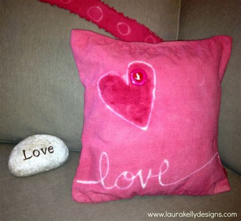 Valentines Day Pillows by Diy Valentines Day Throw Pillow