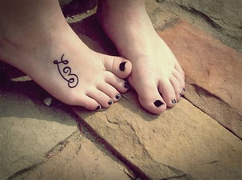 tattoos on your foot 75 cool foot and flip flop tattoos