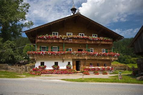 small traditional house design in tirol austria bauernhaus brixental in tirol visit austria