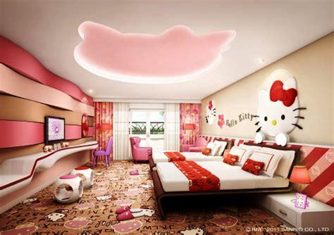 wallpaper hello kitty untuk di kamar desain cantik untuk kamar anak type minimalis dengan tema
