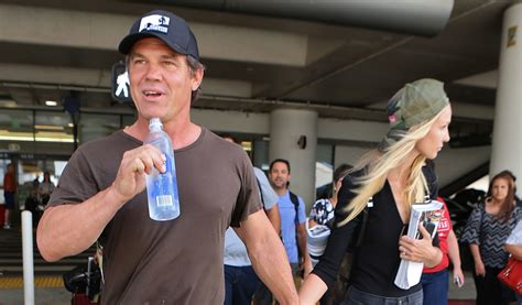 josh brolin narrates  volvo commerical reads walt whitman poem josh brolin kathryn boyd