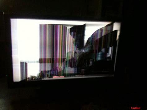 Tv Lcd Oktober verr 252 ckte modding verwandlung ein fernseher wird zum schreibtisch artikel des monats oktober 2012