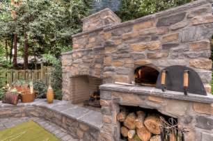 kamin mit backofen outdoor fireplace with pizza oven traditional portland
