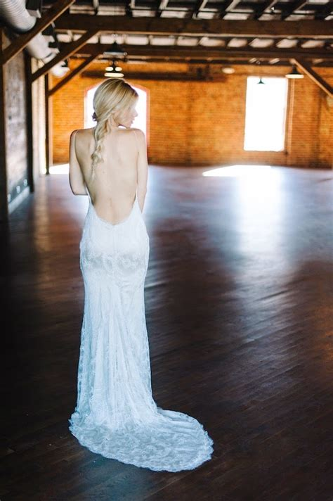 Wedding Hairstyles For Backless Dress by Accessorizing Your Backless Or Low Back Wedding Dress