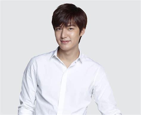 film lee min ho yang terkenal 10 aktor korea terganteng tahun 2015