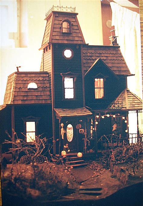 haunted dollhouse kit 17 best images about haunted dollhouse project