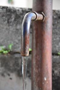 acqua gassata dal rubinetto di casa pura e gassata dal rubinetto wakeupnews