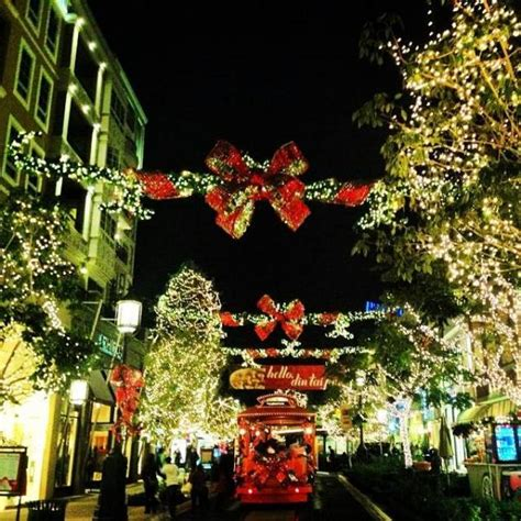 7 places in los angeles feeling the christmas spirit