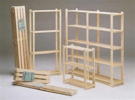 costruire scaffale in legno pin scaffale a parete in alluminio e vetro naos enea on
