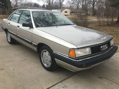 audi  turbo sedan  original miles
