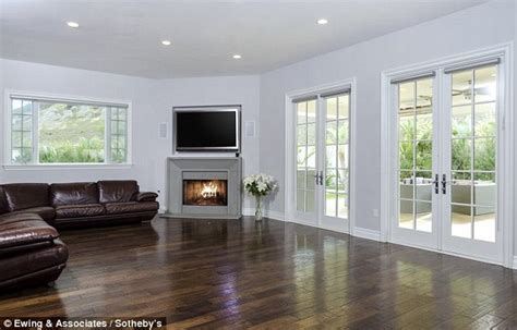 Floor And Decor West Oaks katie holmes buys home in khloe and kourtney kardashian s