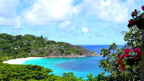 best resort in seychelles the 4 best resorts in the seychelles
