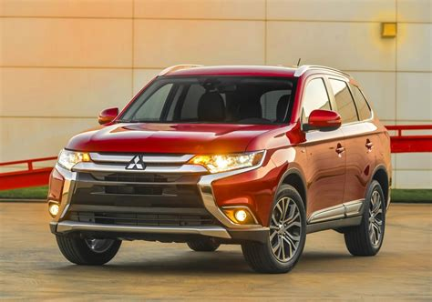 mitsubishi suv outlander 2016 2016 mitsubishi outlander suv features and details