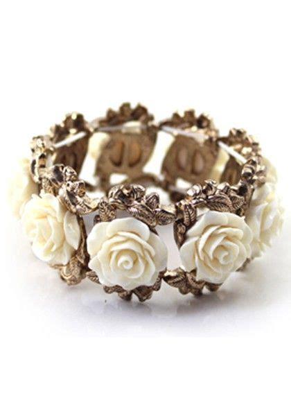 Flower Bangle lovely white flowers bangle bracelet bangle white