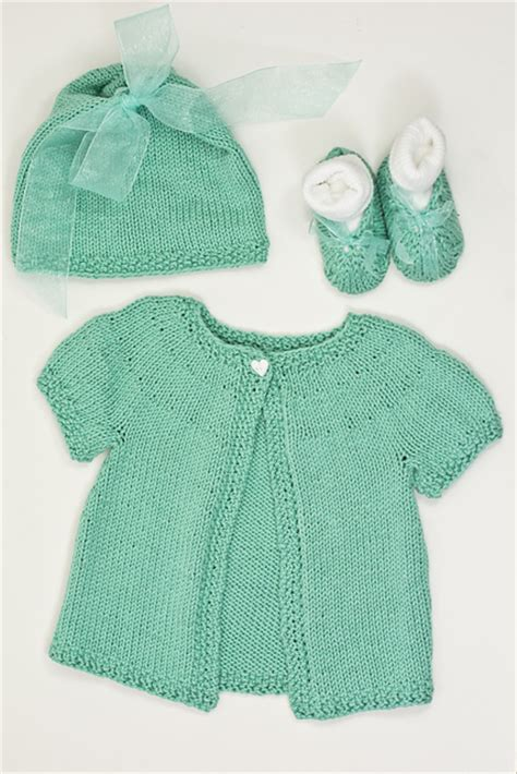 baby sets knitting patterns knitting patterns galore basic baby set