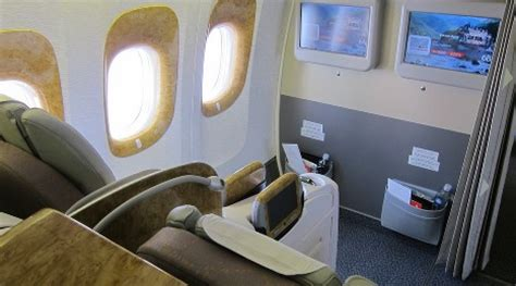 bulkhead seats in airplane flying with a baby or toddler