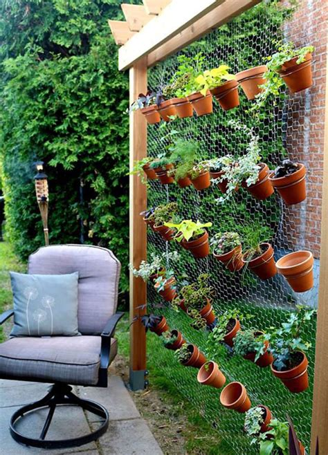 Creative Backyard Ideas Creative Vertical Garden In Backyard