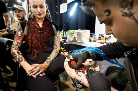 tattoo convention 2017 philadelphia photos from the tattoo convention phillyvoice