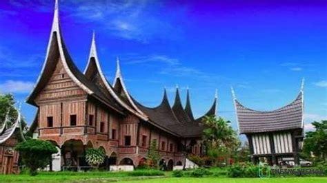 Rumah Adat Dari Sumatera Barat