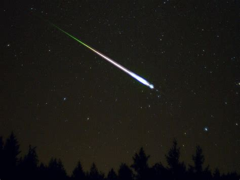 Leonid Meteor Showers by Leonid Meteor Shower Maximum Blighted By The Moon
