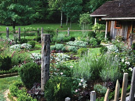Layout Of Kitchen Garden Garden Layout And Design Plans Hgtv